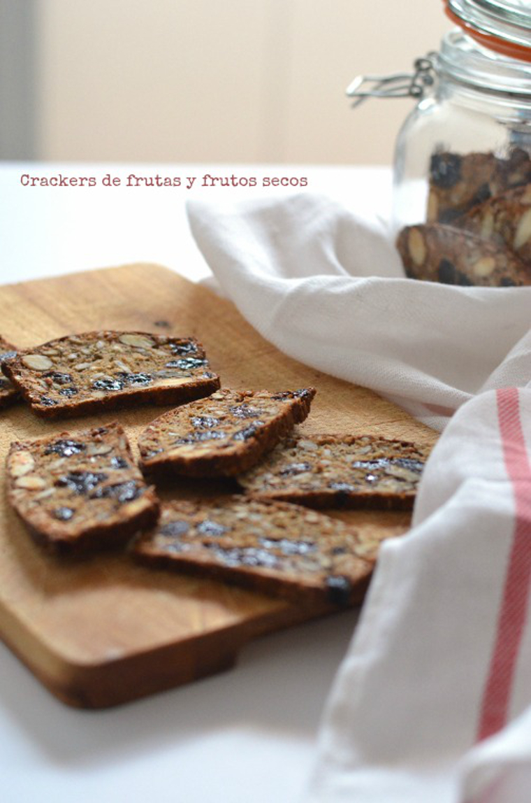 Crackers de frutas y frutos secos 4 con texto